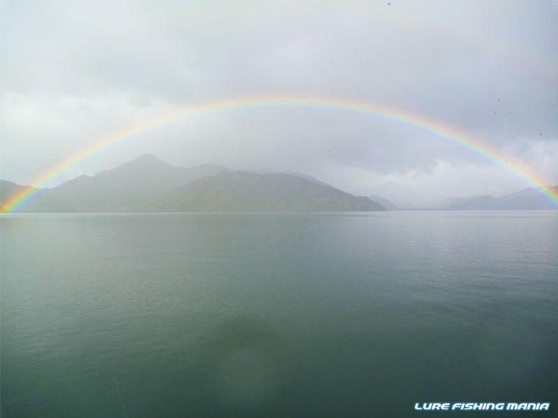 綺麗な虹が出現