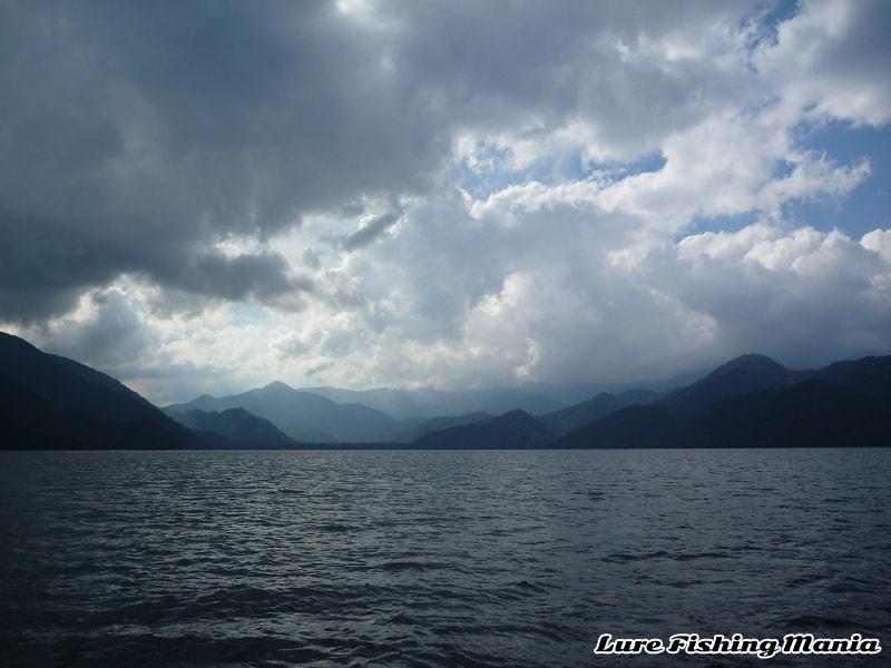 時折雲が出るも、ほぼ晴れの午後