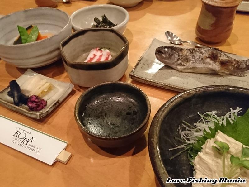 コタン宿泊1日目の夜は和食のコース