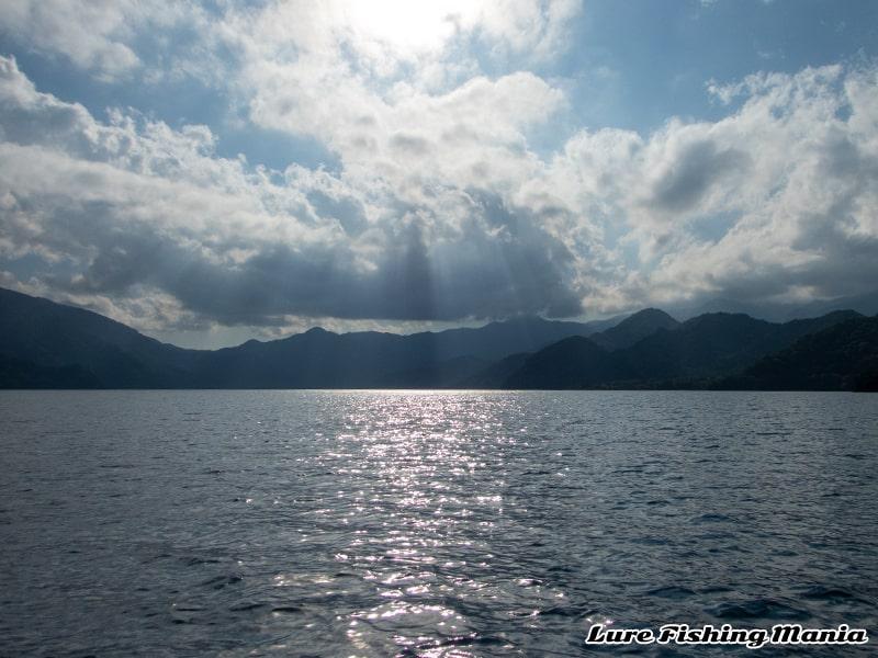 15時頃の中禅寺湖