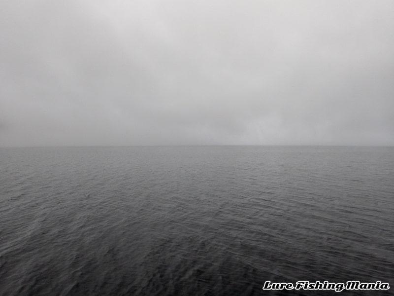 濃霧になってしまう中禅寺湖