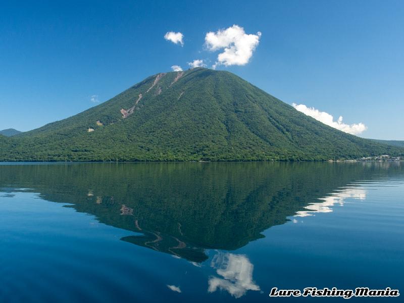 風が無くなった中禅寺湖