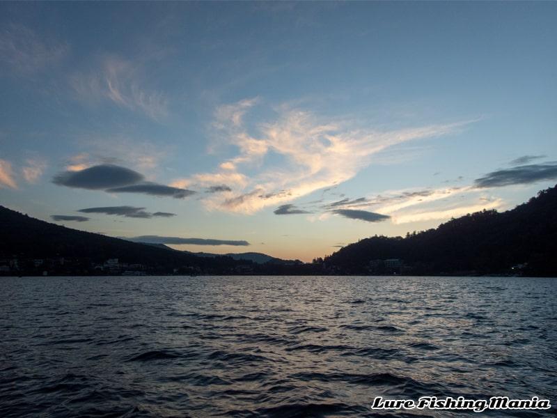 どこか哀愁を感じる2020年最終戦の中禅寺湖